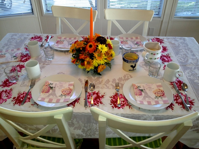 Eileen's table at Thanksgiving 2012, Tropicana Park.   PG photo